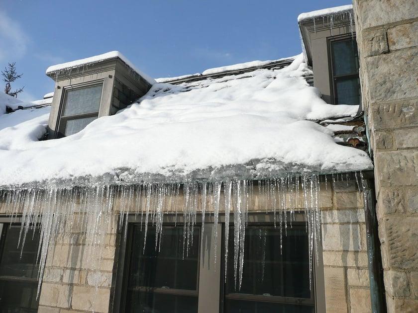 1200px-Ice_dam_slate_roof